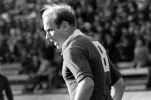Центральный нападающий футбольной команды «Торпедо» (Москва) Эдуард Стрельцов, 1965 год.