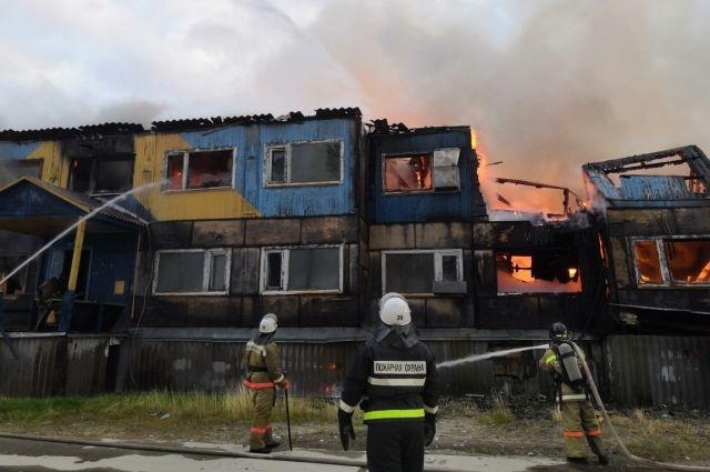 Пожар на ул. Нефтяников, 37