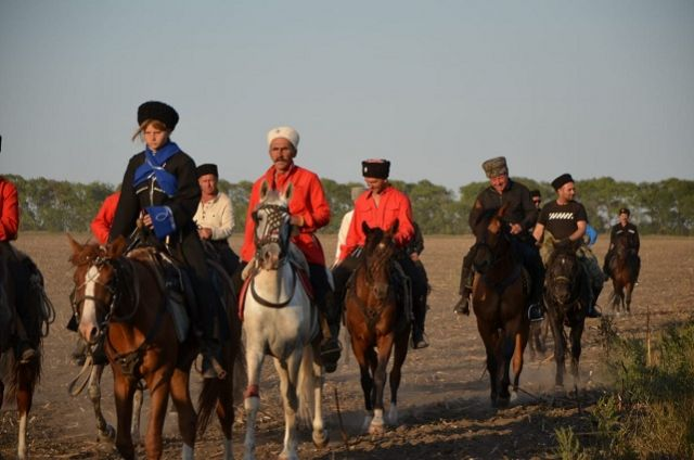 Маршрут пролегал по боевому пути курсантов-кавалеристов