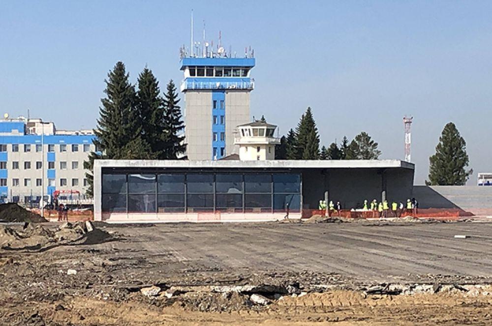 Компания признана победителем тендера на выполнение строительно-монтажных работ аэровокзального комплекса международных/внутренних воздушных линий аэропорта. Строительство компании  представлено проектами в России, Украине, Турции, Англии и США.