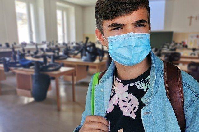Калининградский Роспотребнадзор рассказал, зачем носить маски?