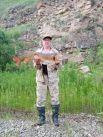 Андрей Рукосуев поймал такого гигантского 7-килограммового тайменя на реке Лена в Киренском районе.