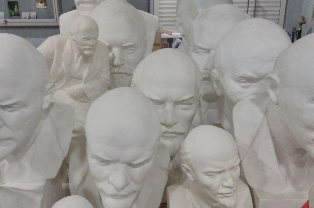 Ленина считают гениальной исторический личностью.