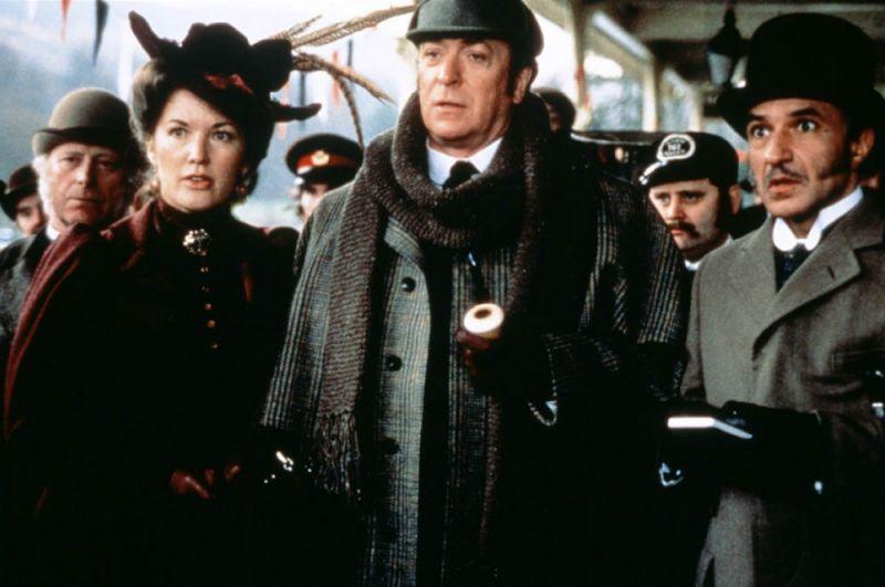 Майкл Кейн — «Без единой улики» (1988).