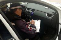 В Октябрьском районе водитель пытался дать взятку сотруднику ГИБДД в 2 тысячи рублей и теперь ответит перед судом.