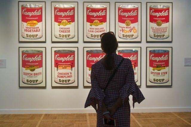 Выставка работ Энди Уорхола в Москве