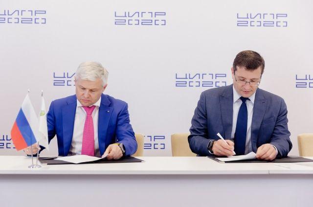 Соглашение о развитии цифровизации позволит внедрять и развивать в Нижегородской области новые цифровые технологии в рамках национального проекта «Цифровая экономика», а также реализовывать программы и проекты, направленные на цифровую трансформацию различных отраслей.