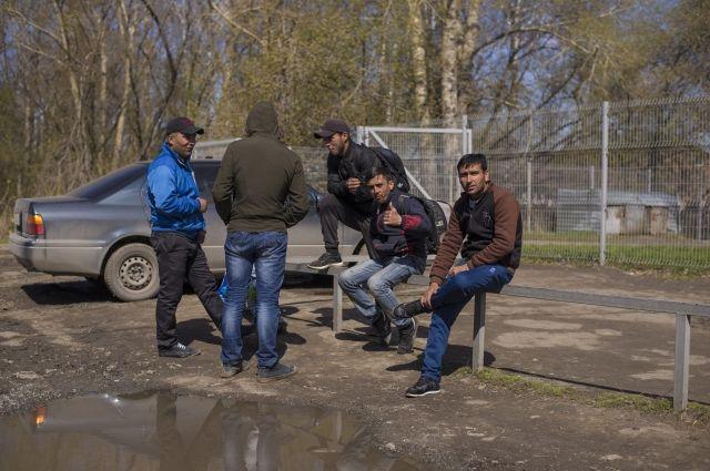 Работать на стройках Оренбуржья пока хотят только приезжие из Средней Азии.