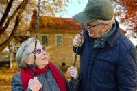 В Югре людям пожилого возраста оказывается адресная помощь