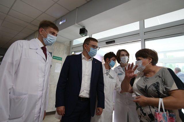 О проблемах здравоохранения глава региона узнаёт из бесед как с медиками, так и с пациентами