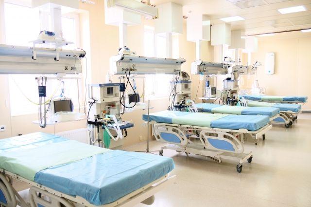 Всего в Кузбассе развернули 2 778 коек для больных коронавирусной инфекцией.