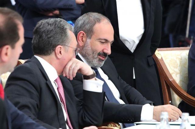 Пашинян заявил о возможности признания независимости Нагорного Карабаха