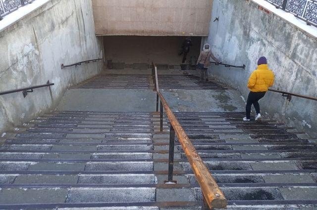 Как сквозь землю. Почему в Курске не ремонтируются подземные переходы