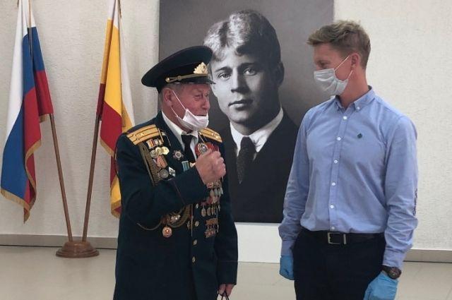 Председатель совета ветеранов Железнодорожного района г. Рязани Герман Грибакин поблагодарил АО «РНПК» за регулярную поддержку пожилых людей.