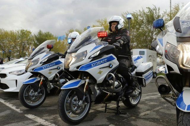 Транспорт приобрели по нацпроекту «Безопасные и качественные автомобильные дороги».