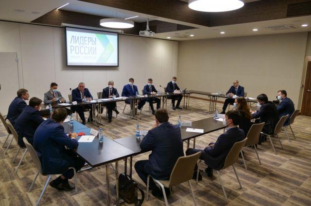 На встрече губернатор убедился, что у новых управленцев есть свой взгляд на поиск подходов для эффективного решения задач региона.