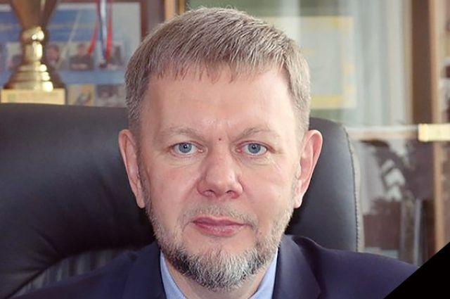 Коллектив редакции «АиФ-Красноярск» выражает соболезнования родным и близки Валерия Анатольевича.