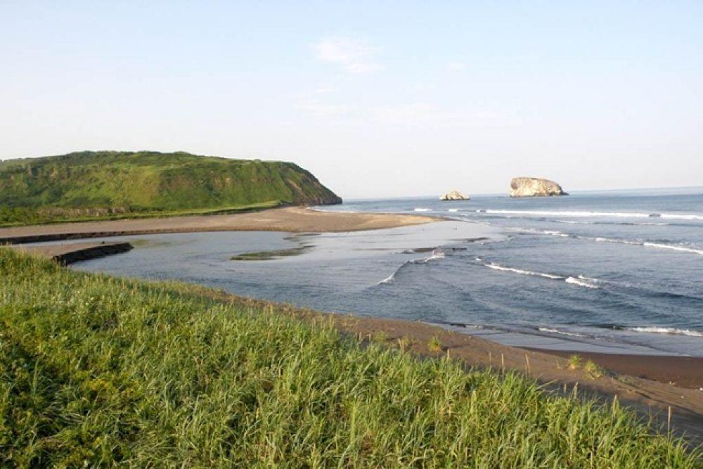 В длину пляж составляет порядка 30 километров