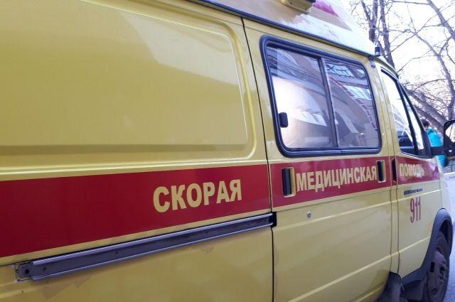Трех человек, пострадавших при пожаре в Тюмени, госпитализировали