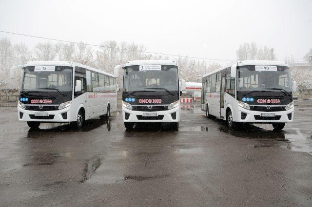 За последние 2,5 года муниципальные и коммерческие перевозчики обновили подвижной состав своих парков на 392 автобуса и 2 троллейбуса.