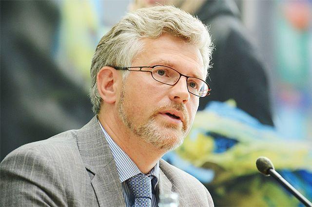 Андрей Мельник.