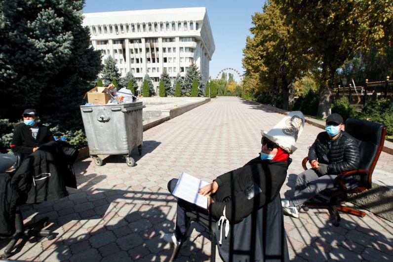 Дружинники в Бишкеке.