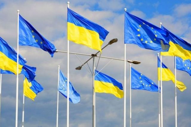 Украинцы смогут пользоваться безвизом после карантина, - ЕС