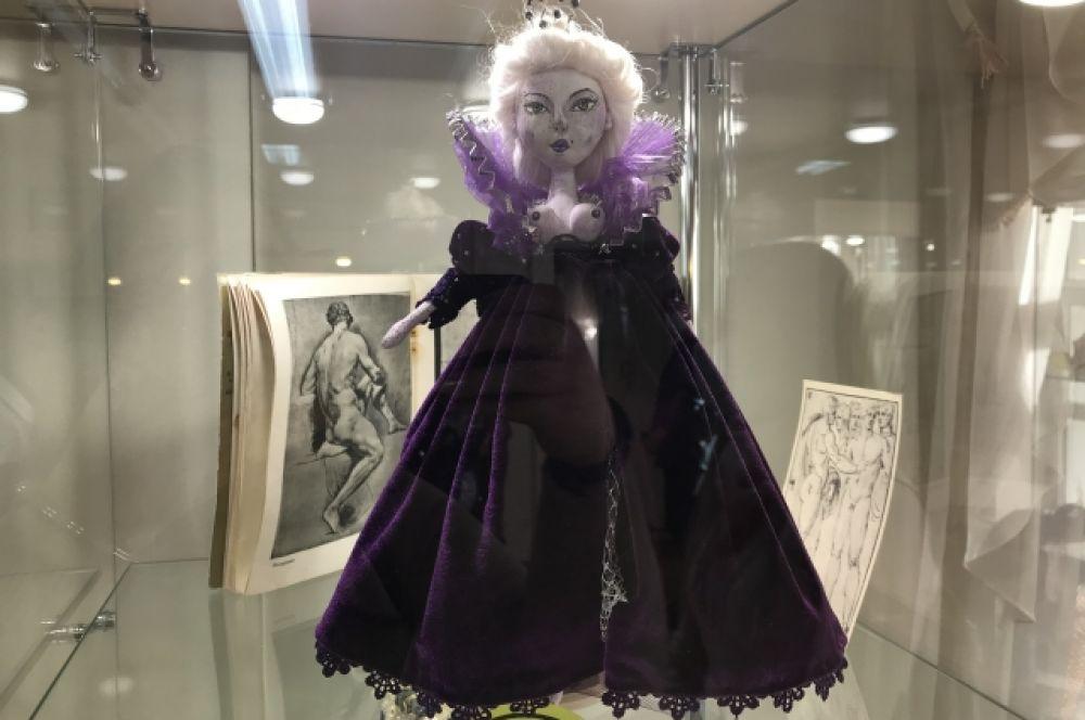 Интерьерная кукла Екатерина вторая