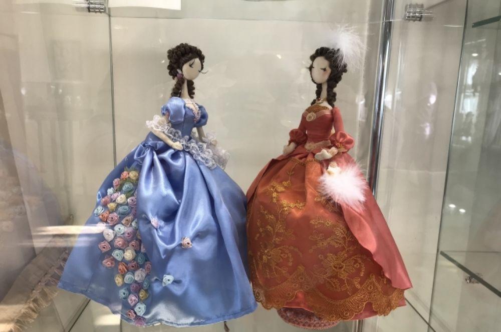 Интерьерные куклы Фрейлины королевы