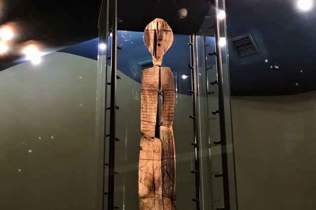 Шигирского идола изучали, используя радиоуглеродный анализ