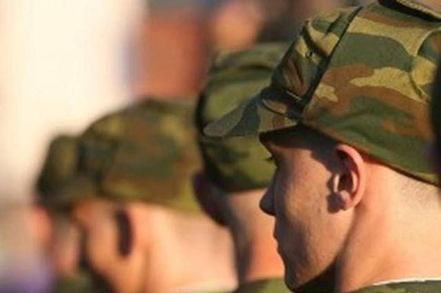 При постановке на учет новобранцев избирательные комиссии учитывают их пожелания в выборе рода войск