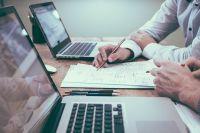 Согласно исследованию, 49% работодателей переводили всех работников на дистанционную работу, еще 48% – хотя бы часть.