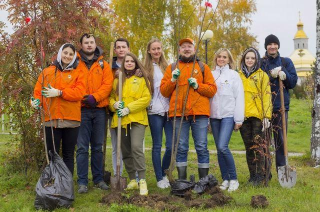 Традиция облагораживать территории города, участвовать в его озеленении и уборке сохраняется в «РН-Юганскнефтегазе» на протяжении многих лет