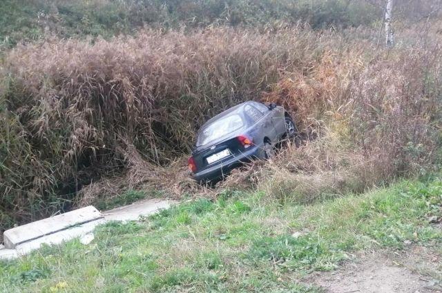 Пьяный водитель не справился с управлением.
