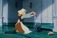 Disney выпустит книгу для взрослых о «бодипозитивной» Золушке