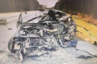 На тюменской трассе погиб водитель, машина которого залетела под большегруз