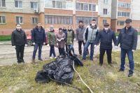 На субботнике тюменцы убрали территорию площадью более 2 тыс. га