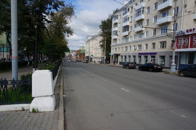 Будет закрыто движение всех видов транспорта по четной стороне улицы Ленина на пересечении с Комсомольским проспектом