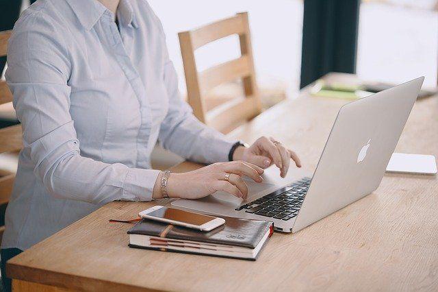 Заработать онлайн полярные зори работа для девушек дубаи