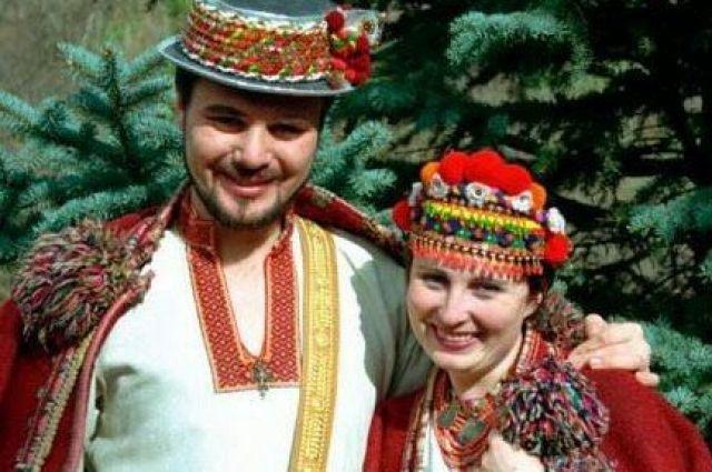 Украинские костюмы очень многообразные и колоритные.