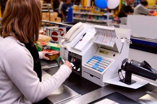 В сетевых магазинах Оренбурга отказываются обслуживать покупателей без СИЗов.