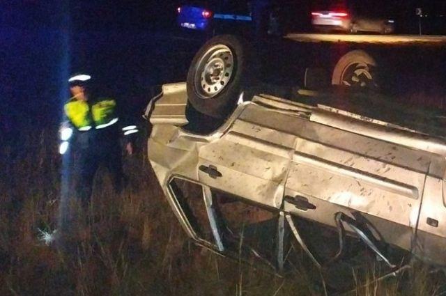В результате ДТП в Гае погиб 40-летний водитель автомобиля.