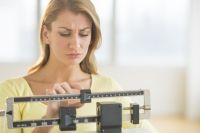 Оценить свой вес каждый может самостоятельно, пользуясь формулой индекса массы тела