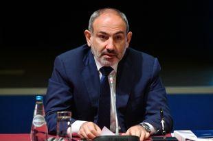 Пашинян провёл заседание Совбеза из-за ситуации в Карабахе