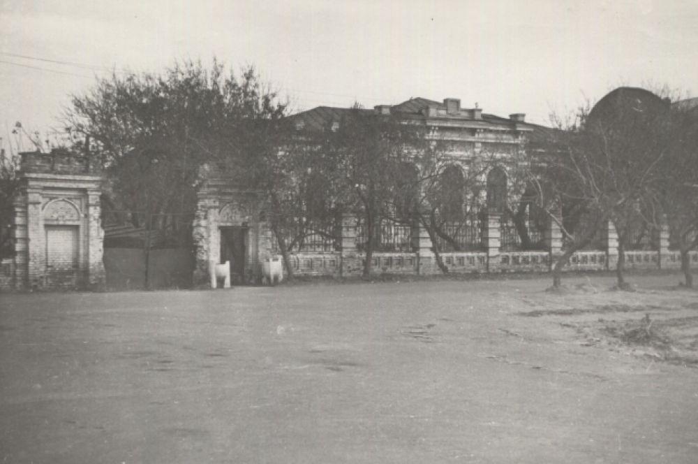 Дом Батюшкиных, 1976 год.