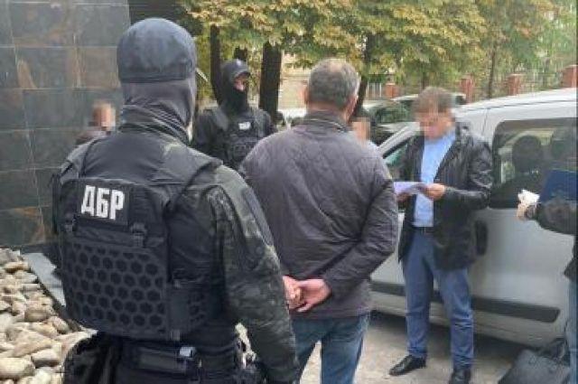 Адвокат и экс-прокурор Киева требовали взятку в 80 тысяч долларов