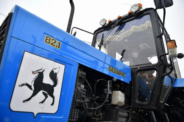 В Салехарде пополнился автопарк снегоуборочной техники