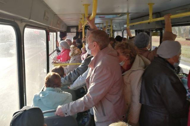 По мнению чиновников в Оренбурге еще не сформирован коллективный иммунитет.
