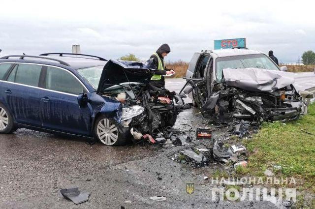 В Ровенской области в ДТП погибла беременная женщина, которая ехала в роддом