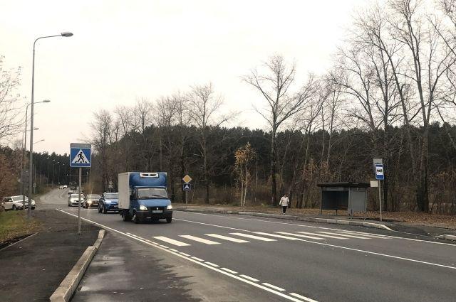 В порядок привели участок длиной 1,33 км от отворота на микрорайон Ширяиха до границы района с Мотовилихинским районом.